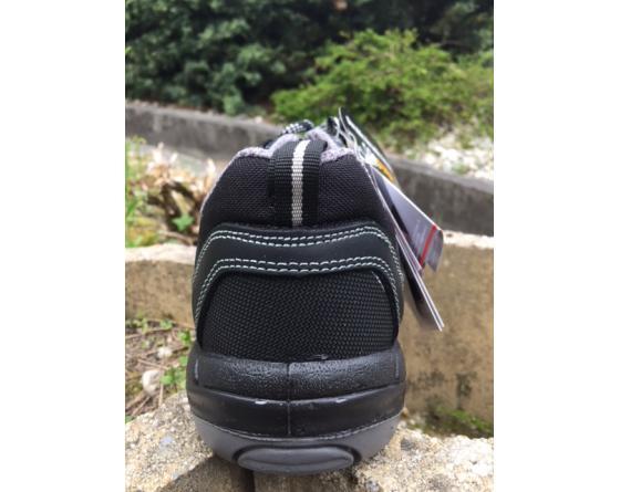 6a2af3d8e213a4 Chaussure de sécurité basse S3P Alpi du fabricant Uniwork discount ...